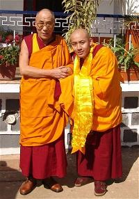 ngai-zong-rinpoche-tai-sinh-06