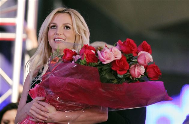 britney-b003-britney-spears-resized