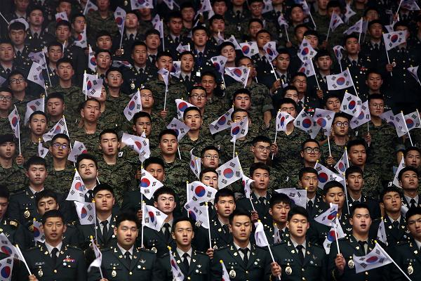 _AFP_soldiers Korean