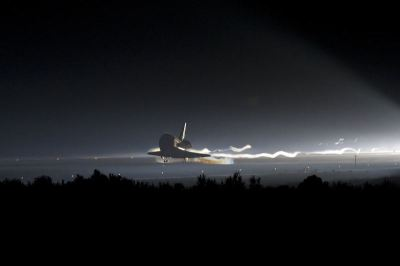 final_space_shuttle_landing-large-content