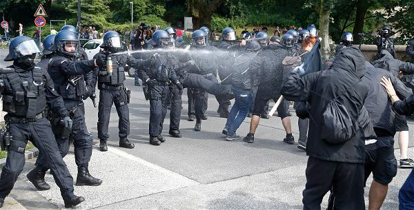 AFP_Germany police protest