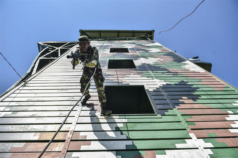 _AFP_indonesia soldier drill