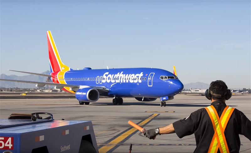 a_southwest airlines airplane phi co