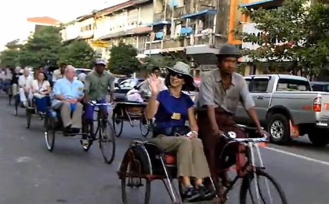 resized-a-myanmar-cyclo-bicycling