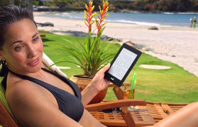 a-tablet-beach-tourist-resized