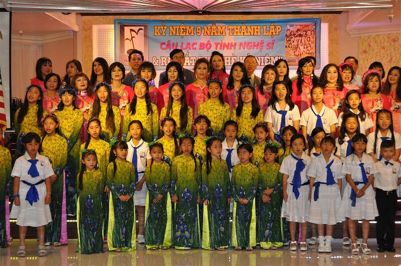 CAU LAC BO TINH NGHE SI DSC_0590