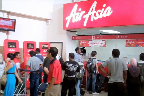 a-air-asia-checking-ticket
