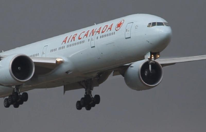 a-air-canada-airplane