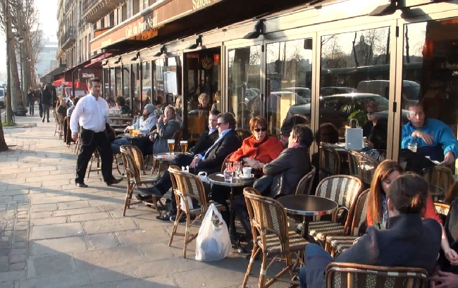 a_paris_cafe_coffee_outside_street