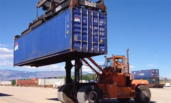 a-loading-container-export-import
