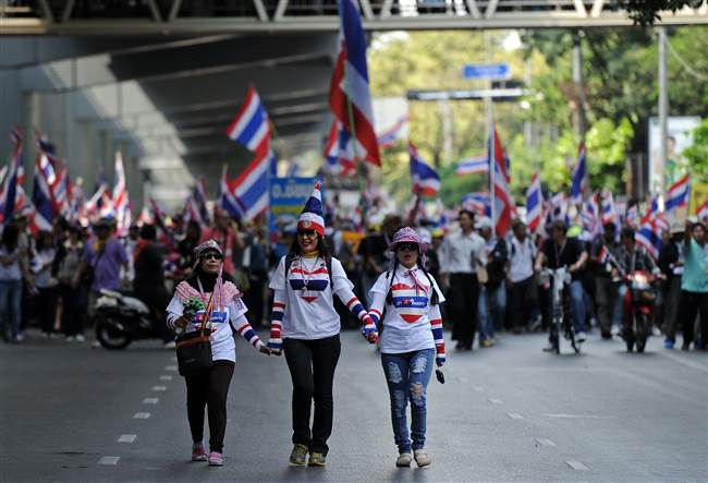 resized-afp-thailand-protest-20-12-2013