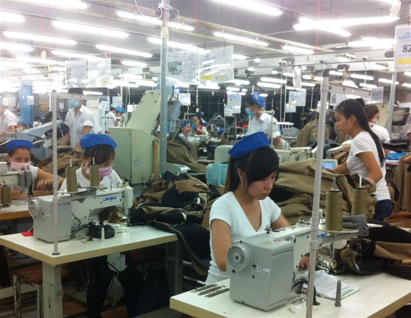 a-factory-det-may-textile-sewing