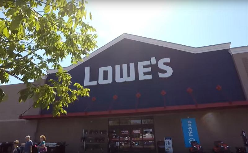 a_Lowe's store