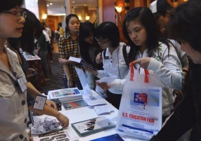 afp_hanoi_american_university_fair-large-content