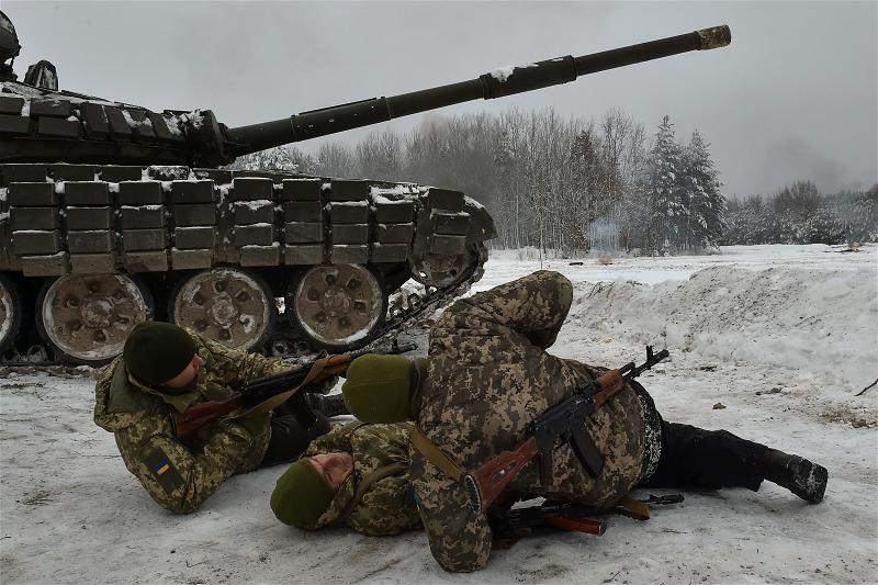 _AFP_Ukraine soldier war exercise