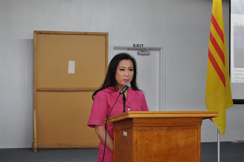 VAN DONG CUU NGUOI TY NAN DSC_0340