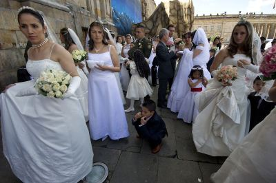 afp_bogota_brides_mass_marriage-large-content
