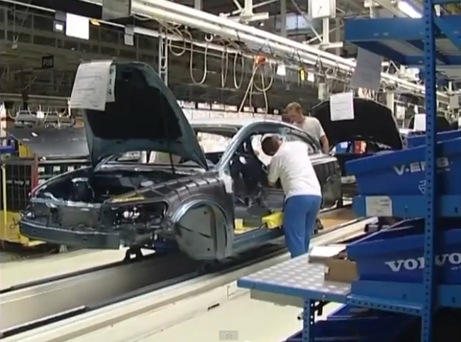 sun_volvo_car_factory_