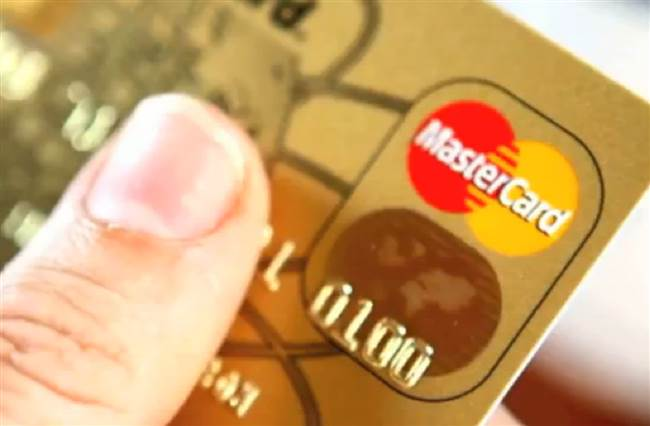 resized-a-mastercard-credit-card-z