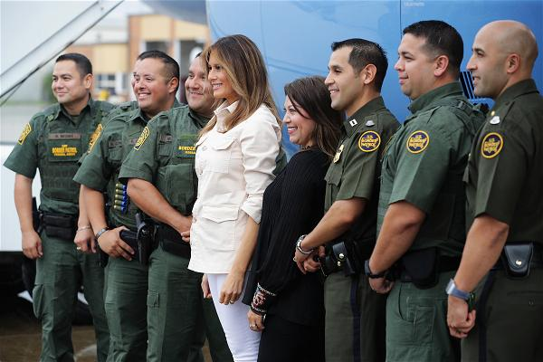 _AFP_Melania Trump border agents visit