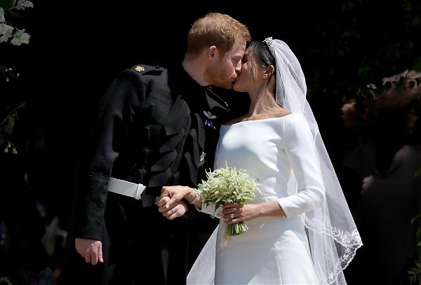 Prince Harry kisses Meghan_Getty Image