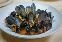 cave-food-mussels