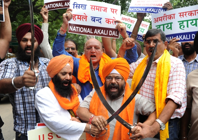 afp_sikh_protest_the_massacre_2012